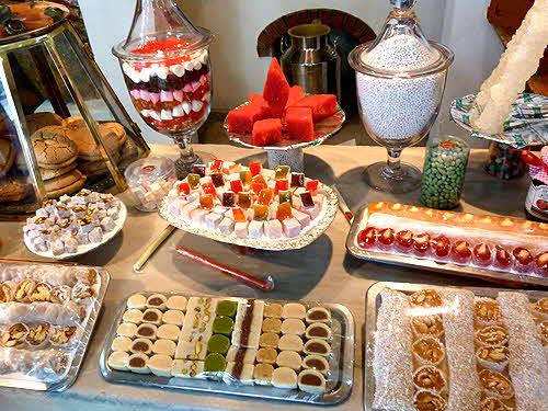 В нашей кондитерской мы сможем Вас удивить и побаловать сладостями на любой вкус!