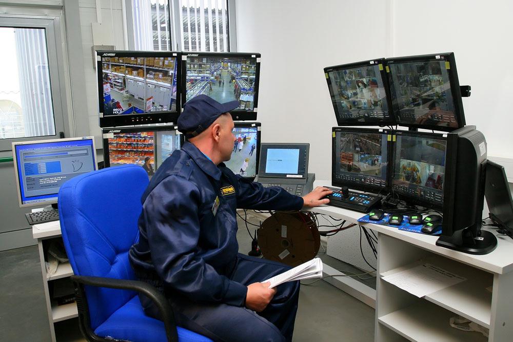 Агентство может взять под охрану физических лиц и их имущество, установку сигнализаций