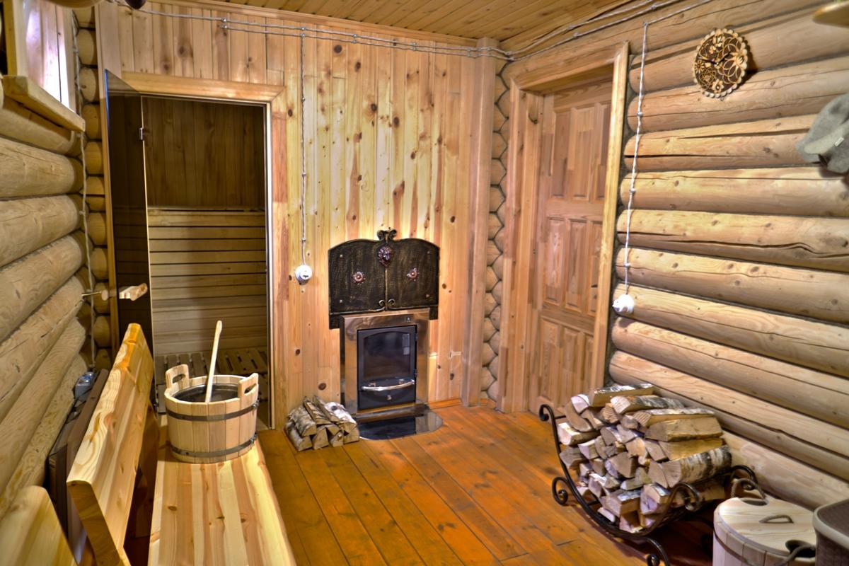 Русская баня на дровах в фото зарисовке.