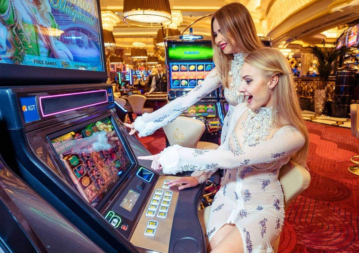 Бонусы казино Frank: промокоды, купоны, бонус код
